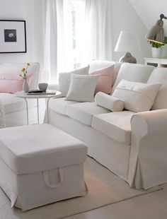 I love IKEA!!!! white living room