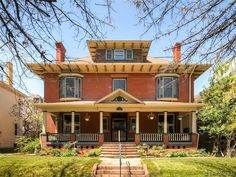 Search and view all of the beautiful homes in around around the Downtown Denver area! Including RiNo, LoHi, Capitol Hill, etc!