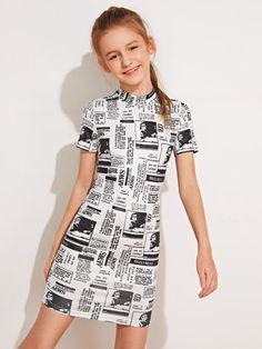 To find out about the Girls Mock Neck Newspaper Print Dress at SHEIN IN, part of our latestGirls Dresses ready to shop online today! Teenage Girl Outfits, Dresses Kids Girl, Kids Outfits Girls, Cute Girl Outfits, Cute Outfits For Kids, Cute Casual Outfits, Pretty Outfits, Teenager Outfits, Girls Sports Clothes