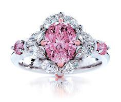 1.55ct Fancy Intense Pink Natural Australian Argyle Pink Diamond Ring.