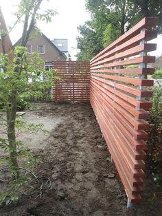 Unique Privacy Fence Ideas You May Consider DIY Backyard Fancy Fence Ide … - Garden Fancy Fence, Diy Fence, Backyard Fences, Garden Fencing, Backyard Landscaping, Fence Ideas, Fence Design, Garden Design, Garden Dividers