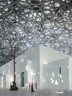 The new branch of the Louvre Museum in Abu Dhabi was designed by Jean Nouvel. This breathtaking building houses over 600 different works of art, illustrating the history of makind. Jean Nouvel Architecture, Museum Architecture, Art And Architecture, Futuristic Architecture, Classical Architecture, Amazing Architecture, Louvre Abu Dhabi, Abou Dabi, The Broad Museum