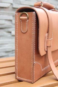 Vintage Handmade Genuine Natural Vegetable Tanned Leather Briefcase Messenger Bag Laptop Case