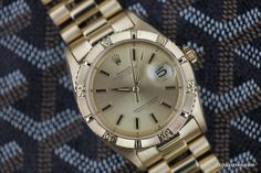 "10PastTen.com > Vintage Watches > Rolex Thunderbird Ref. 1625 ""Underline"" 18k Gold"