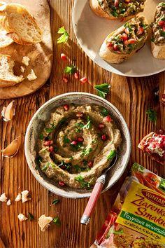 bBaba ghanoush/b to idealny pomysł na smakowitą pastę, która możesz nakładać na kanapki lub wykorzystywać jako dip do chipsów i warzyw. Sprawdź nasz przepis!