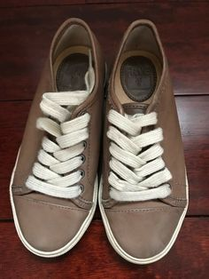 da0d9965c3 FRYE Chambers Low Sneaker Youth Size 12 Whiskey Leather Lace Up Kids Shoe   fashion