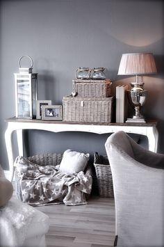 Home decor Campagne et Brocante - La touche d'Agathe - Vintage rustic wood bois lin marron brown white blanc tissu broderies, curtains, rideaux, rustique, floral, shabby, burlap, cottage, french, natural, terracotta, cabinet,