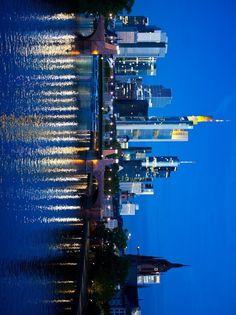 Frankfurt skyline, Frankfurt-Germany photos, Frankfurt news, Frankfurt Maps, Frankfurt today