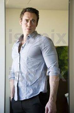 * Kevin Durand, Actors, Long Sleeve, Sleeves, Mens Tops, T Shirt, Fashion, Supreme T Shirt, Moda