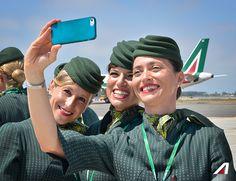 Grandi sorrisi! 📌 Great Smiles! #Fiumicino #Roma #Rome #Pope #PopeFrancis #Apostolic Journey #PapaFrancesco #Polonia #Kraków