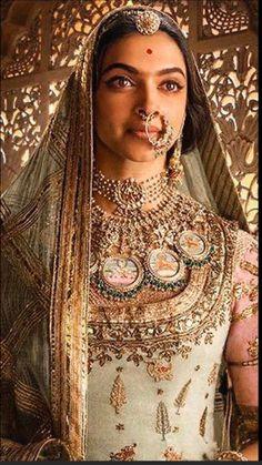Deepika Padukone will be next seen in Sanjay Leela Bhansali's magnum opus Padmavati. - After Padmavati posters, Deepika Padukone will steal your heart with this photoshoot - view pic Bollywood Fashion, Bollywood Actress, Hindi Actress, Indian Dresses, Indian Outfits, Indian Goddess, Rajputi Dress, Indian Bridal Fashion, Indian Designer Outfits