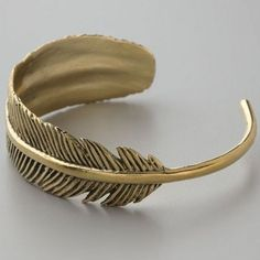 Fashion New Design Vintage Exquisite Feather Cuff Bracelet For Women Trendy Jewelry Cool Bangles Bijoux Wholesale
