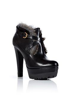 BlackLeatherBootieswithFurTrimbySERGIOROSSI | Luxury fashion online | STYLEBOP.com