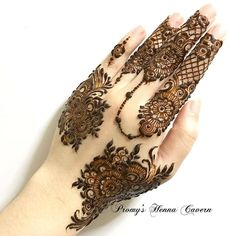 2019 Latest and Trendiest Mehndi Designs for Girls - Ani Exclusive Modern Henna Designs, Mehndi Designs For Girls, Mehndi Designs For Fingers, Latest Mehndi Designs, Henna Tattoo Designs, Khafif Mehndi Design, Mehndi Style, Mehndi Design Pictures, Beautiful Mehndi Design