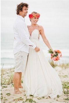 Loving this beautiful bride's boho beach wedding dress