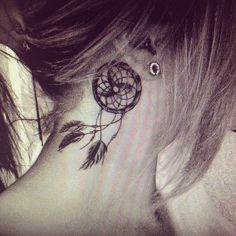#Pretty #Dreamcatcher #Tattoo #boho #chic ..love the movement as though it's caught in a breeze :-)
