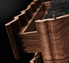 Il-Pezzo-2-Chest-of-Drawers-solid-walnut-Marquinia-marble-2.jpg