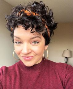 Another short curly hair win. 🙌🏽 Another short curly hair win. 🙌🏽 Another short curly hair win. Short Curly Pixie, Curly Pixie Hairstyles, Thin Curly Hair, Short Curls, Haircuts For Curly Hair, Curly Girl, Curly Hair Styles, Natural Hair Styles, Pixie Cut Curly Hair