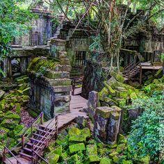 Beng Mealea sanctuary Angkor. Cambodia How to go where everybody tells you NO.