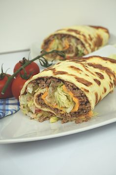 This Low Carb Big Mac Roll is one of the tastiest weight loss recipes. Here… This Low Carb Big Mac Roll is one of the tastiest weight loss recipes. No Calorie Foods, Low Calorie Recipes, Diet Recipes, Healthy Recipes, Diet Meals, Soap Recipes, Diet Foods, Pizza Recipes, Healthy Meals
