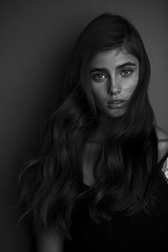 Imperfect beauty. Beautiful long hair and thick eyebows. Taylor Hill.