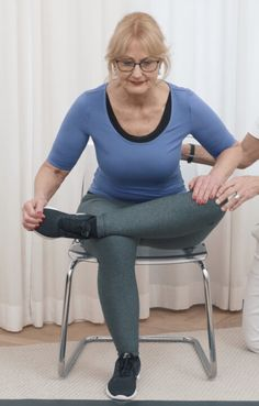 Awesome health tips tips are offered on our site. Have a look and you wont be sorry you did. Fitness Inspiration, Stomach Ulcers, Hip Pain, Hip Muscles, Nursing Dress, Hip Workout, Transformation Body, Natural Cures, The Ordinary
