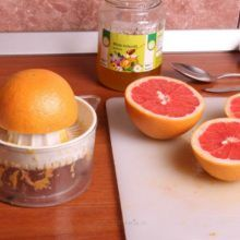 "O să arunci toate cremele după ce vezi ce se întâmplă - iată cum să scapi de riduri ""în timp ce dormi"" In Natura, Grapefruit, Preserves, Diy And Crafts, Orange, Drinks, Health, Food, Pickles"