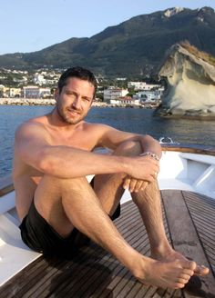 Gerard Butler | Gerard Butler [300] | The Male Celebrity