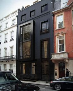 Gorgeous all black facade! A unique house in Mayfair's Park Place