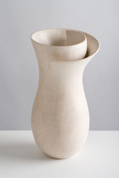 Tina Vlassopula - one in a series of pots for contemplation