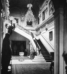 Gilded Age: Image detail for -. of the Gilded Age: John Jacob Astor's Titanic Fifth Avenue Mansion Mega Mansions, Old Mansions, Victorian Interiors, Victorian Homes, House Interiors, John Jacob Astor, American Mansions, Grand Staircase, Marble Staircase