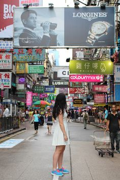 white dress in Mong Kok, Hong Kong. #fashionblogger #travelblogger