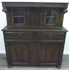 Attractive CWS Victorian / Court Style Oak Veneer Serving Buffet Sideboard - S76