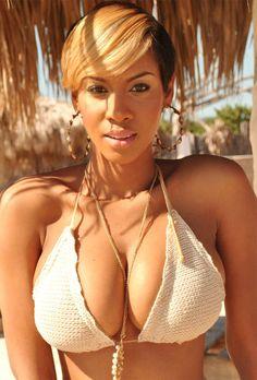 Taneish Simpson #chocomeet @BenDeChocomeet #team237 chocomeet.com #RencontreAfricaine @chocomeet #Africa