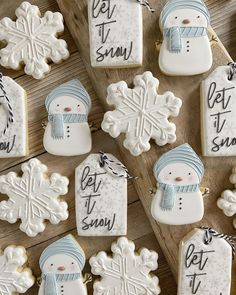 "Melissa on Instagram: ""Seems fitting for this snowy morning in Arva! Snowman's and snowflake cutters from @thecookiery.ca #snowmancookies #snowflakecookies…"" Snowman Cookies, Sugar Cookies, Christmas Cookies, Snowflake Cutter, Snowflake Cookies, Christmas Biscuits, Christmas Party Food, Fancy Cookies, Gingerbread Man"