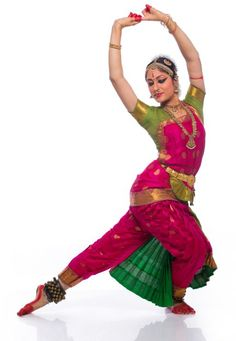 At the forefront of the new generation of Bharatanatyam dancers, Nadanamamani Dr. Janaki Rangarajan represents the future of the ancient art form Isadora Duncan, Indian Classical Dance, Mudras, Dance Pictures, Images Of Dance, Dance Poses, Dance Fashion, Dance Photography, Just Dance