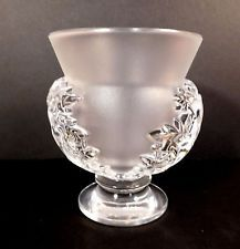 LALIQUE FRAME CRYSTAL ART GLASS St. Cloud Acanthus Leaves Footed Urn Vase