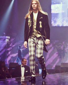 Retro G Couture Dandystyle archives #tbt #throwbackthursday #retrogcouture #dickensiandandy #dandy #dandystyle #dandychic #menswear #mensstyle #menstagram #instaman #gent #stylishman #dapper #vkei #cosplay #dappergent #dapperq #gothik #gothgoth #simplydapper #victorian #instagay #instaplaid #muscician #magician #guitarist #singersongwriter by retrogcouture https://www.instagram.com/p/BEvA_Zaszo6/ #jonnyexistence #music