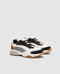 4aeffa0627a5 Лучших изображений доски «Sneakers»  1206 в 2019 г.   Sneakers nike ...