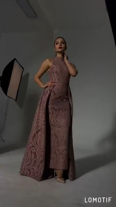 Apr 2020 - Estimated Delivery Time: US Days (DHL); Worldwide Days Processing Time business days after payment Evening Gowns With Sleeves, Formal Evening Dresses, Elegant Dresses, Pretty Dresses, Lace Dresses, African Fashion Dresses, African Dress, Simple Gowns, Indian Gowns