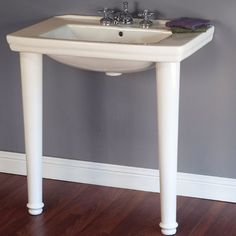 Traditional Console Lavatory Sink