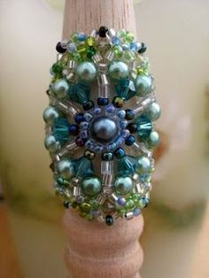 My Daily Bead: Laced Ring with Swarovski Crystal