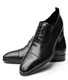Simple black cap toe shoe