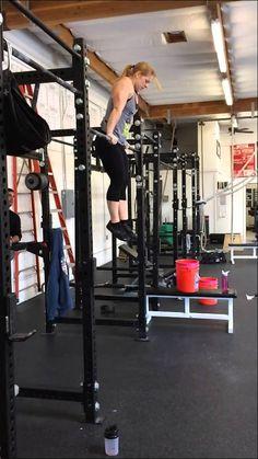 Bar muscle ups (modified glide kip) + slo mo. 17 unbroken #crossfit #muscleup