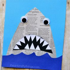 Mit Kindern basteln - Haifisch mit Zähnen ganz einfach aus einer Zeitung *** DIY Newspaper Shark Craft This newspaper shark craft for kids is amazingly simple to make and is great for kids of all ages so it makes a perfect activity for the whole family. Ocean Kids Crafts, Summer Crafts For Kids, Toddler Crafts, Art For Kids, Kids Diy, Summer Kids, Shark Week Crafts, Shark Craft, Dinosaur Crafts