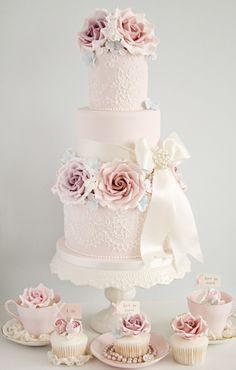 Pompadour bis - wedding cake