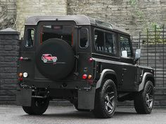 Land Rover Defender Chelsea Wide Track by A. Kahn Design