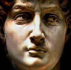 Michaelangelo's David sculpture (#Firenze, Galleria dell'Accademia)