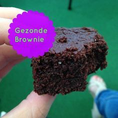 brownie met courgette View The Recipe Details Healthy Sweets, Healthy Baking, Healthy Snacks, Healthy Recipes, Isagenix Snacks, Cake Recept, Snack Recipes, Sweet Recipes, Plum Cake