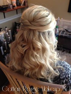 Pretty half up do